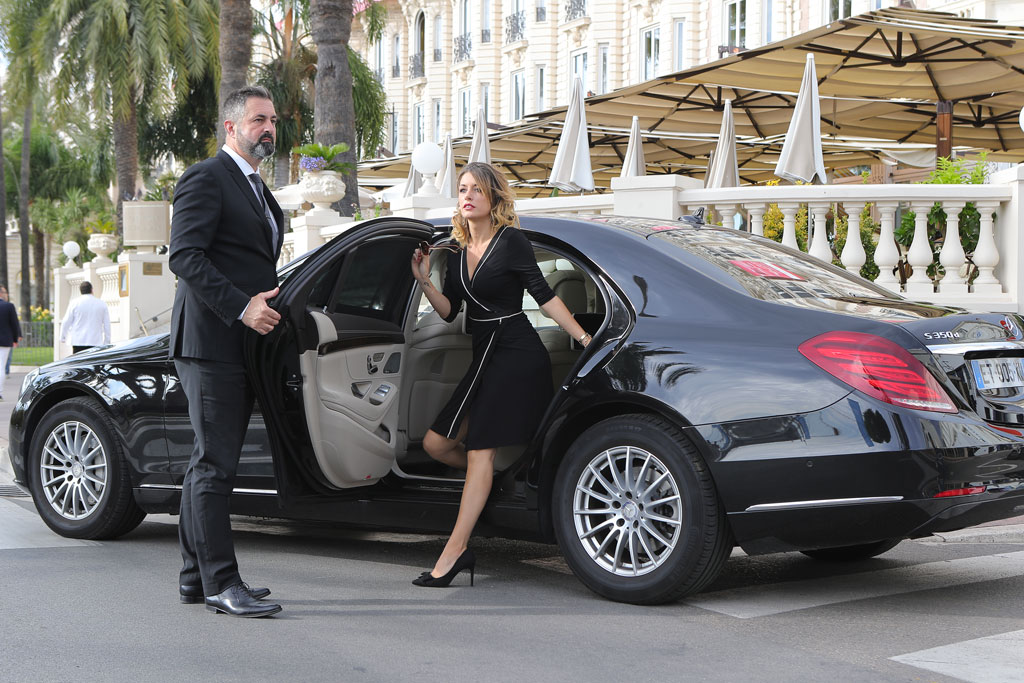 Advantages of a limousine Vehicle Service